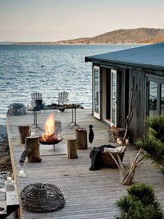 Haus am see Outdoor Spaces, Outdoor Living, Outdoor Fire, Lakeside Living, Coastal Living, Country Living, Country Style, Beautiful Homes, Beautiful Places