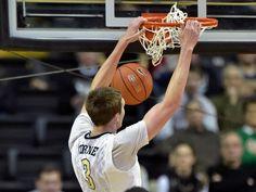 Vanderbilt forward Luke Kornet dunks in the second Usa Today Sports, Man Vs, Two By Two, Men, Guys