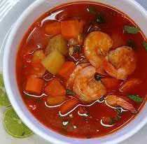 Nutritivo y muy sabroso, el caldo de camarón es medicina para cuerpo y alma.