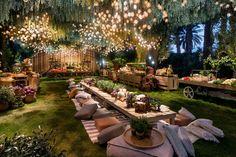 12 Marvelous Outdoor Wedding Party Ideas For Inspiration – dekoration Garden Wedding Decorations, Garden Party Wedding, Wedding Table, Wedding Ideas, Wedding Backyard, Wedding Themes, Wedding Pictures, Wedding Dinner, Wedding Seating