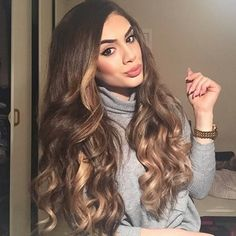 Susanna loving the dimensions she gets when she rocks our BELLAMI Mochachino Dirty Blonde 1C/#18 Balayage ombre set! Use code 'susanna5' for a discount on your set of $159.99 and up! Shop www.bellamihair.com now!