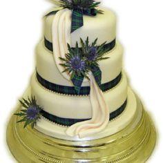 Very cool Scottish wedding cake ~ Scottish Thistle.