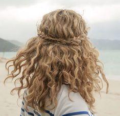 Beachy waves and braid