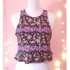 H & M  Black Floral Crop Top  Like New Condition  ❌ Sorry No Holds/Trades/PayPal  ✅ Negotiable On Price   H&M Black floral crop top tank top. Flare bottom super cute and great material. Worn once. H&M Tops Crop Tops