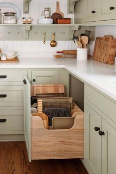 Home Interior Colors Traditional Kitchen with Amazing Storage - Town & Country Living.Home Interior Colors Traditional Kitchen with Amazing Storage - Town & Country Living New Kitchen Cabinets, Colorful Kitchen Cabinets, Country Kitchen Backsplash, Colorful Kitchens, Kitchen Pans, Kitchen Dishes, Kitchen Flooring, Home Decor Kitchen, Kitchen Living