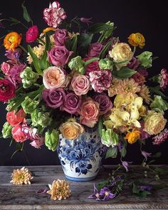 Wow!  Stunning flower bouquet. Blue And White Vase, White Vases, Beautiful Flowers, Fresh Flowers, Love Flowers, Beautiful Gardens, Floral Arrangements, Beautiful Flower Arrangements, Carnations
