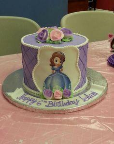 Leilani's sofia the first cake