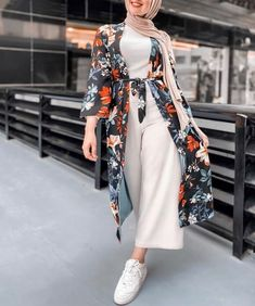 Hijab Fashion Summer, Modest Fashion Hijab, Modern Hijab Fashion, Muslim Women Fashion, Street Hijab Fashion, Hijab Fashion Inspiration, Islamic Fashion, Modest Outfits, Fashion Wear