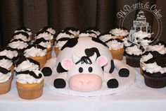 Milk mustache-themed birthday party with a cow smash cake and mustache cupcakes. Cow Birthday Cake, Cow Birthday Parties, Cowgirl Birthday, Farm Birthday, Baby First Birthday, Birthday Ideas, Cow Baby Showers, Baby Shower Cakes, Cow Cupcakes