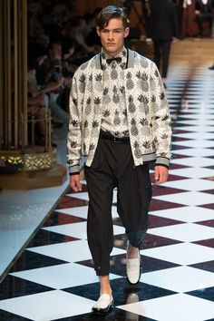 Dolce & Gabbana Spring 2017 ... pineapple jacket & matching shirt <3