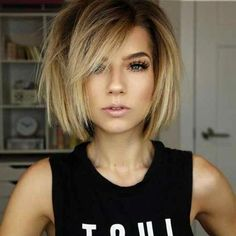 40 Latest Short Haircuts for Women - Kurze Frisuren Short Hair With Layers, Short Hair Cuts For Women, Short Haircut For Round Faces, Haircut Short, Layered Bob Hairstyles, Cool Hairstyles, Edgy Bob Haircuts, Latest Short Haircuts, Modern Bob Hairstyles