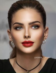 Most Beautiful Faces, Stunning Eyes, Gorgeous Eyes, Beautiful Models, Beautiful Pictures, Brown Hair Red Lips, Girl Face, Woman Face, Brunette Beauty