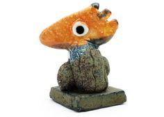 Ginette Wien - Lille Skulptur Orange - Tinga Tango Designbutik.  Photo: Stine Albertsen  Interiørbutik - Interior - Children - Børn - Toys - Legetøj - Brugskunst - Design - Kunst - Webshop - Billig fragt - illustrationer - porcelæn - keramik - orange