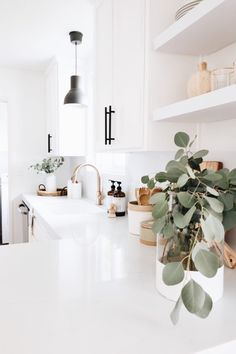 modern and minimal home decor inspiration simple white kitchen with . - modern and minimal home decor inspiration simple white kitchen with … – modern and minimal home - Küchen Design, Layout Design, Design Ideas, Design Trends, Nordic Design, Design Styles, Decor Styles, Graphic Design, Interior Minimalista