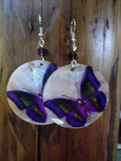 Lillad liblikad, kristall helmestega
