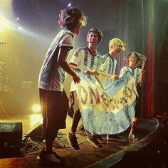 いいね!85件、コメント1件 ― Bongai Kurtさん(@10969bongai)のInstagramアカウント: 「Congratulation ARGENTINA!! . . . #taka #toru #tomoya #ryota #oneokrock #jrock #throwback…」