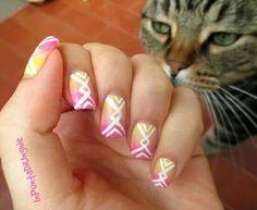 Gradient nail art + cat :3