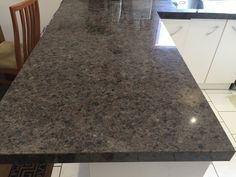 Hervorragend Labrador Antique Granite Kitchen Benchtop