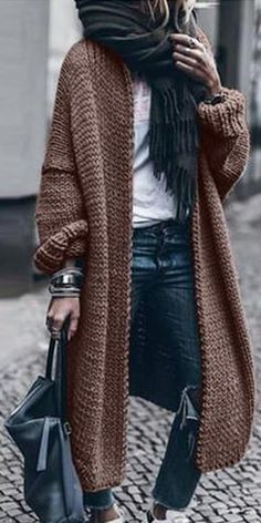 Classy Outfits For Women, Edgy Outfits, Fashion Outfits, Clothes For Women, Fashion Trends, Fashion Over Fifty, Over 50 Womens Fashion, Fashion Women, Minimal Dress