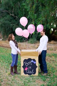 Our gender reveal photo shoot! @khylieneumann
