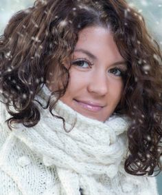 If your hair is dry, brittle, and prone to breakage every time you step outside, here are a couple tips to protect your curly hair from a polar vortex...