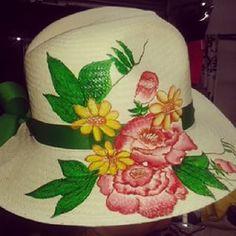 sombreros de mujer pintados - Buscar con Google Sombreros Pintados A Mano 2c344a37638