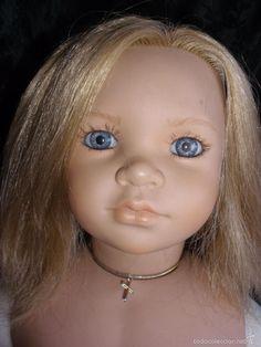 muñeca de comunión  realista de Carmen Gonzalez 1993.Reborn 65 cm
