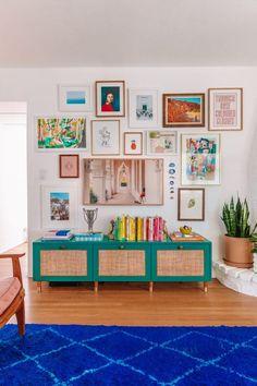 How To Make A Gallery Wall (A Guide To Selecting, Arranging + Hanging Art!) | studiodiy.com Design Studio Office, Recording Studio Design, Custom Mats, Geek Decor, Home Studio Music, Game Room Decor, Barbie Dream House, Hanging Art, Home Goods