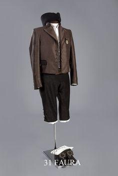 Faura. OLga Ferrís · Moda para mujeres · HOMBRE Trajes Masculinos a1ac6f52e01