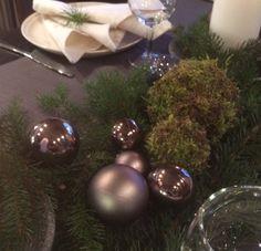 Sammalpallo Christmas Bulbs, Holiday Decor, Home Decor, Decoration Home, Christmas Light Bulbs, Room Decor, Home Interior Design, Home Decoration, Interior Design