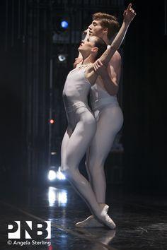 Rachel Foster with Andrew Bartee in Ulysses Dove's Dancing on the Front Porch of Heaven. Pacific Northwest Ballet, Ballet School, Ballet Theater, Modern Dance, Ballet Dancers, Catsuit, Shades Of Grey, The Fosters, Bodysuit