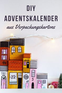 DIY Adventskalender: Häuserzeile aus Verpackungen Box, Jewelry Making, Advent Season, Craft Tutorials, Diy Presents, Xmas, Snare Drum