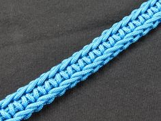 Paracord 101 has some remarkable tutorials, and this NEW video does not disappoint!! Learn how to make your own Single Strand Rigid Solomon Bar with 275 Cord. #HappyCording, everybody!! https://www.youtube.com/watch?v=2oU-Yhsv12s&list=UUzNmsPNlNnVH7wCr9gs6PLA