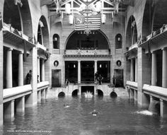 St Augustine, FL Alcazar Hotel swimming pool in 1905.