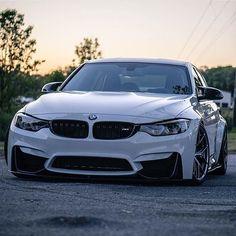 The Bauce is stunning. FOLLOW my bro ➡️ @bmwm_lovers [ Owner: @f80_m3 ] [ Photo by: @limerock200 ] #BMWM_INSTA #m3 #f80 #BMWM3 #BMW #BMWM #BMWRepost #Mpower #Mperformance #Mfamily #kingzwhips