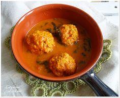 Albóndigas de pollo con curry de coco