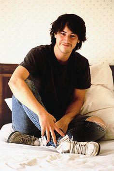 "sourcedumal: "" renamok: "" ""keanu reeves by Cail harvel "" Damn. "" Keanu looking cute! Keanu Reeves, Keanu Charles Reeves, Beautiful Teeth, Beautiful Men, Haircut Tip, My Own Private Idaho, River Phoenix, Hollywood, Back To The Future"