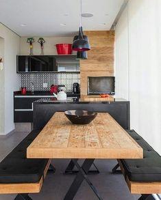 """1,056 Likes, 12 Comments - Arquitetura e decoração (@chiquedecor) on Instagram: """"Varanda gourmet em preto e madeira! Amo essa combinação! Projeto: @zaiarquitetura"""""""
