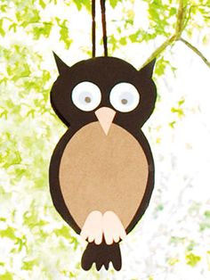 Homemade owl pinata...just might get out my former teacher's aid skills and make this!