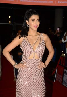 SHRUTI HAASAN PHOTOS OF SIIMA 2015