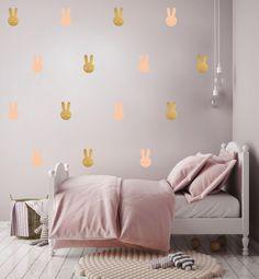 muurstickers goude en roze konijnen