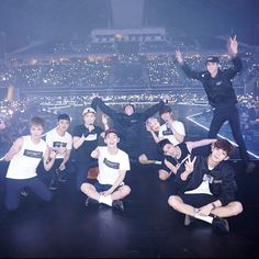 Find images and videos about kpop, exo and baekhyun on We Heart It - the app to get lost in what you love. Exo Ot12, Chanbaek, Kpop Exo, Park Chanyeol, Exo Official, Exo Concert, Exo Luxion, Exo Do, Do Kyung Soo