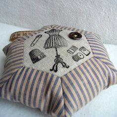 the vintage pincushion - patchwork hexagon