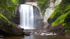 Looking Glass Falls - Pisgah National Forest (near Brevard, NC and the Blue Ridge Parkway) Nc Waterfalls, North Carolina Waterfalls, Beautiful Waterfalls, Nc Mountains, Blue Ridge Mountains, Appalachian Mountains, Waterfall Photo, Hiking Places