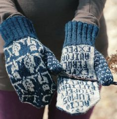 Harry Potter Knitting Patterns O. Mittens for Ordinary Wizarding Level Exams Owl Knitting Pattern, Knitted Mittens Pattern, Knitting Charts, Knit Mittens, Knitted Gloves, Knitting Patterns Free, Free Knitting, Knitting Designs, Knitting Socks