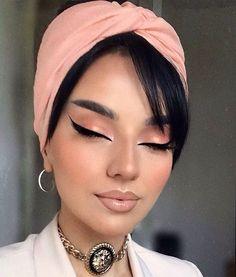 Vintage Makeup Looks, Makeup Eye Looks, Look Vintage, Mask Makeup, Eyeshadow Makeup, Blush Makeup, Glam Makeup, Retro Eye Makeup, Sexy Makeup