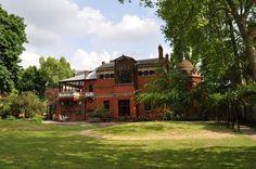 #124: Débattre de la sexualité du propriétaire de Leighton House Mille, Mansions, House Styles, Home Decor, London, Things To Make, Decoration Home, Manor Houses, Room Decor
