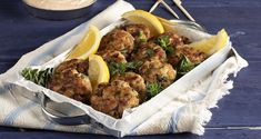 Fish cakes by the Greek chef Akis Petretzikis. A quick and easy recipe for fluffy fish cakes with cod fillets and a yummy sauce to serve them! Fish Cakes Recipe, Nutrition Chart, Processed Sugar, Good Fats, Fish And Seafood, Raw Food Recipes, Quick Easy Meals, Tandoori Chicken, Food And Drink