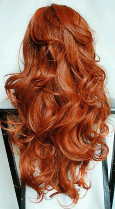I love the soft waves and the beautiful color!