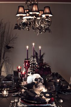 Black and Red Dining Table. Gorgeous!
